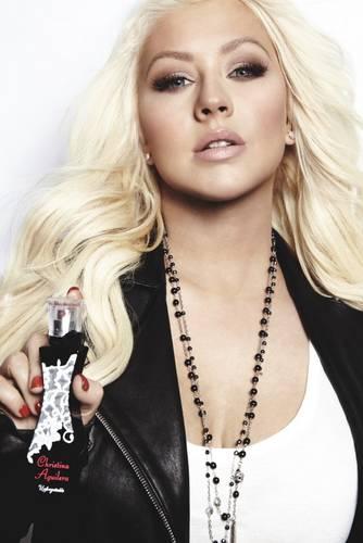 christina aguilera unforgetable perfume ads 2013