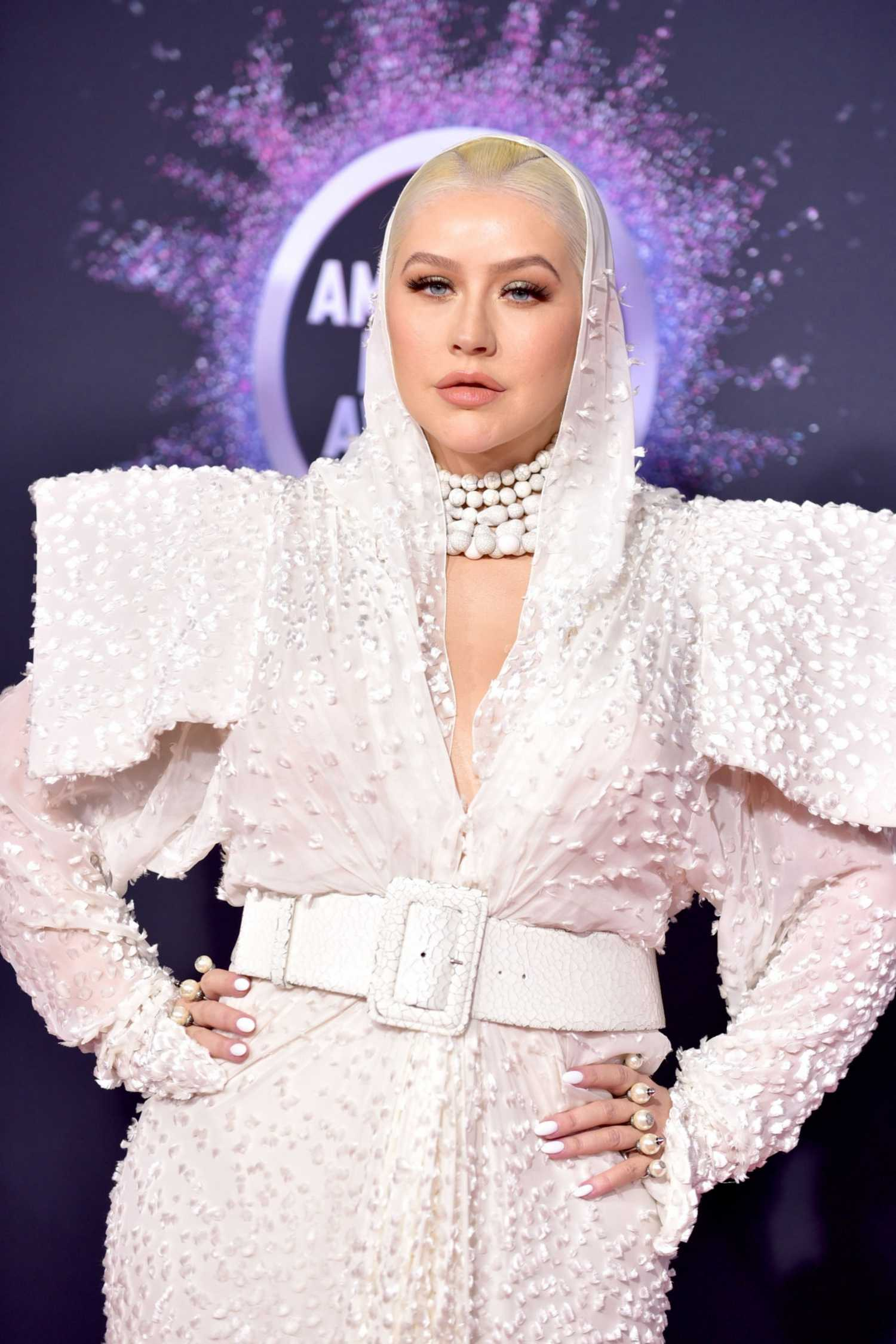 Christina_Aguilera_-_2019_American_Music_Awards_at_Microsoft_Theater_on_November_242C_2019-51.jpg
