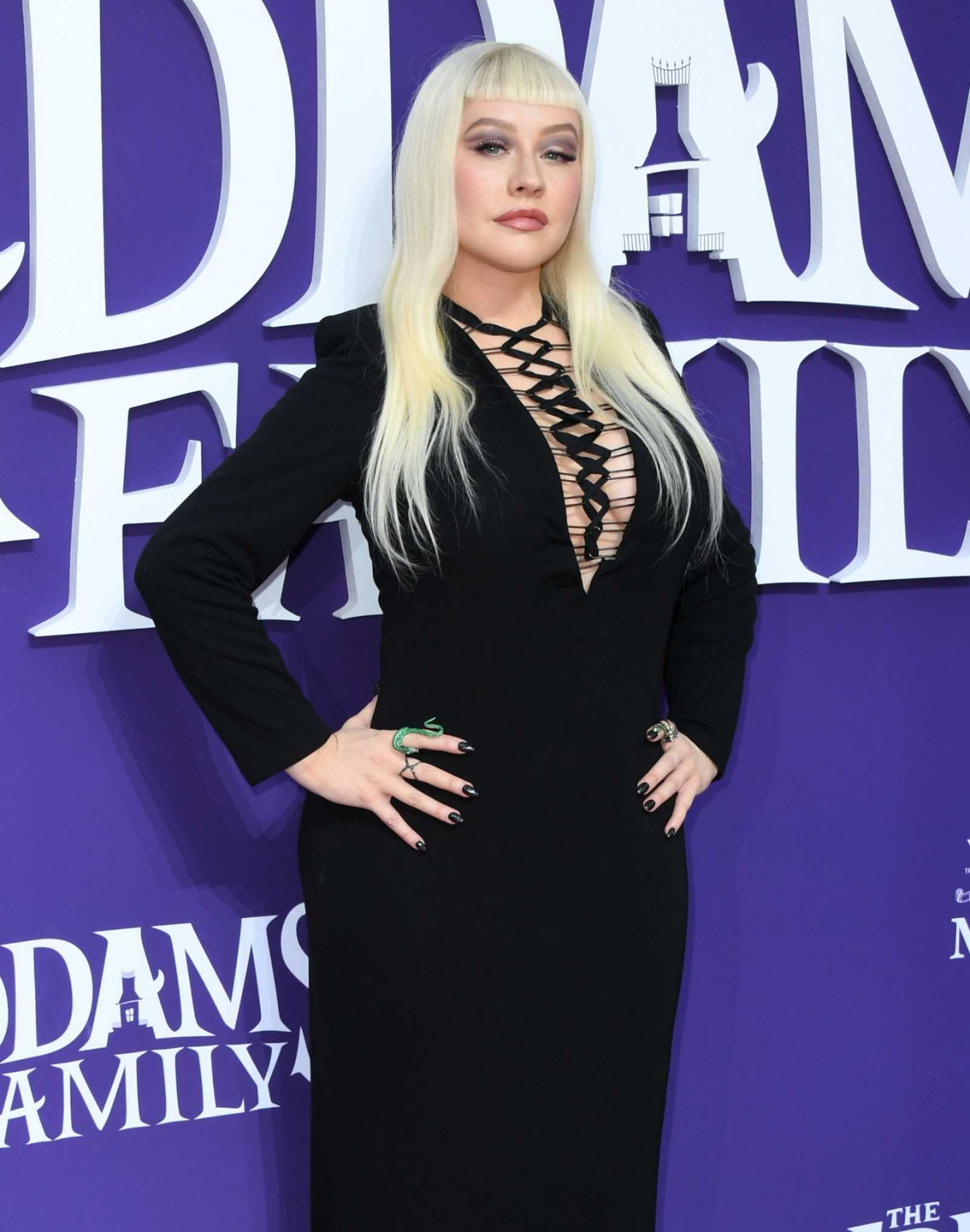 Christina_Aguilera_-_The_Addams_Family_Premiere__in_Los_Angeles_-_October_062C_2019-39.jpg