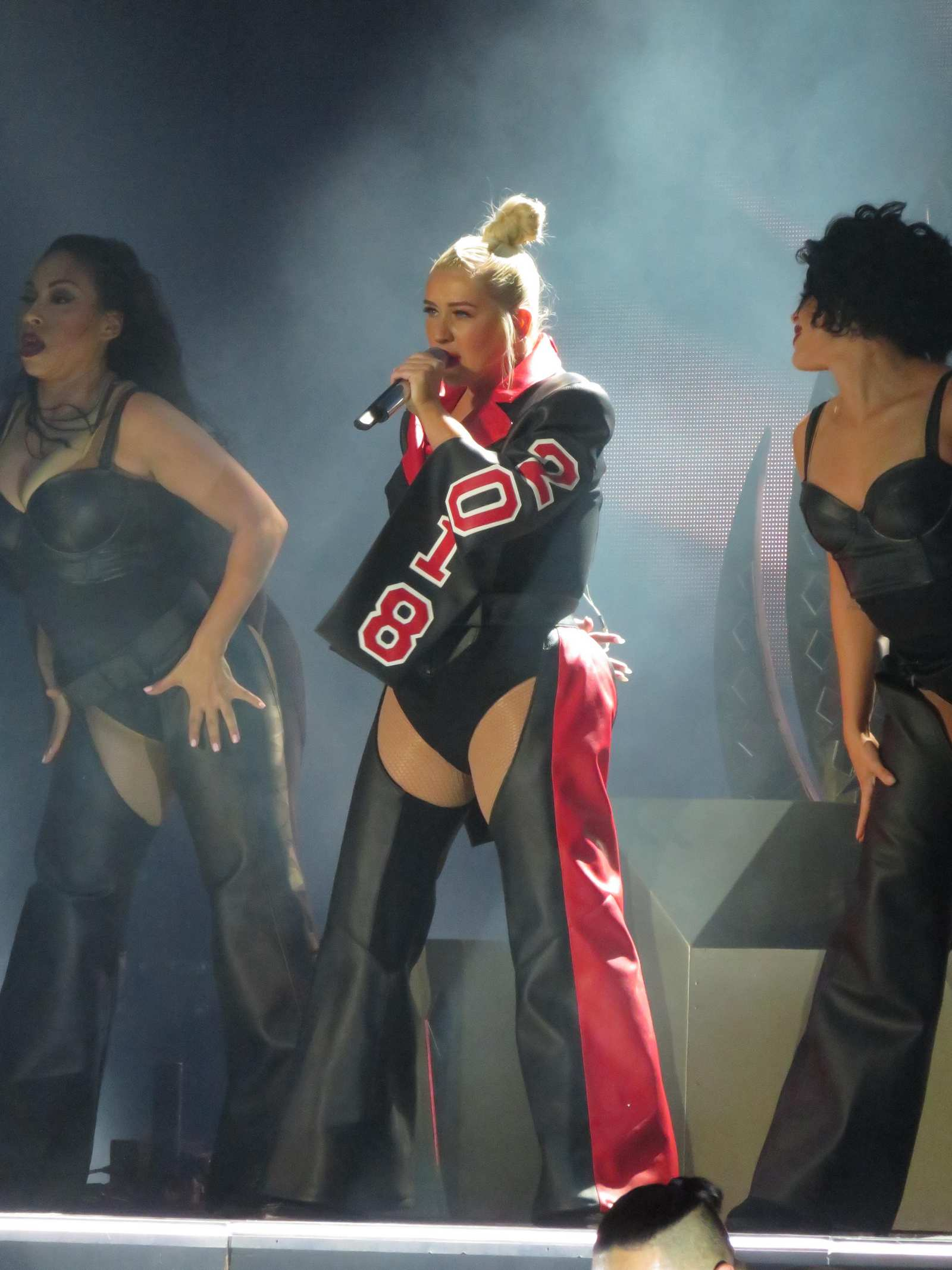 Christina_Aguilera_-_performs_at_the_Greek_Theater_in_Los_Angeles2C_26_October_2018-09.jpg