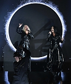 2018_Billboard_Music_Awards_Performing_-_May_20-34.jpg