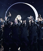 2018_Billboard_Music_Awards_Performing_-_May_20-39.jpg