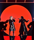 2018_Billboard_Music_Awards_Performing_-_May_20-53.jpg