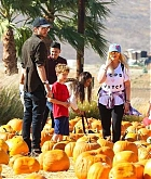 At_the_Pumpkin_Patch_with_Family_on_October_28-08.jpg