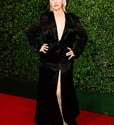 Christina_Aguilera_-_2017_American_Music_Awards_5BBackstage5D_-_November_19-02.jpg