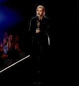 Christina_Aguilera_-_2017_American_Music_Awards_5BPerformance5D_-_November_19-14.jpg