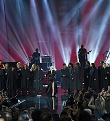 Christina_Aguilera_-_2017_American_Music_Awards_5BPerformance5D_-_November_19-34.jpg