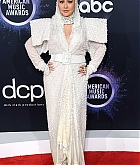 Christina_Aguilera_-_2019_American_Music_Awards_at_Microsoft_Theater_on_November_242C_2019-20.jpg
