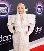 Christina_Aguilera_-_2019_American_Music_Awards_at_Microsoft_Theater_on_November_242C_2019-26.jpg