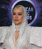 Christina_Aguilera_-_2019_American_Music_Awards_at_Microsoft_Theater_on_November_242C_2019-32.jpg