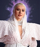 Christina_Aguilera_-_2019_American_Music_Awards_at_Microsoft_Theater_on_November_242C_2019-54.jpg