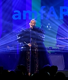 Christina_Aguilera_-_2019_amfAR_Gala_Los_Angeles_-_October_102C_2019_performace-06.jpg