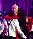 Christina_Aguilera_-_2019_amfAR_Gala_Los_Angeles_-_October_102C_2019_performace-12.jpg