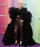Christina_Aguilera_-_2019_amfAR_Gala_Los_Angeles_at_Milk_Studios_in_Los_Angeles2C_California_-_October_102C_2019-07.jpg