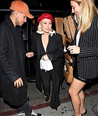 Christina_Aguilera_-_Arrives_at_Craig_s_in_West_Hollywood2C_CA_on_January_24-06.jpg