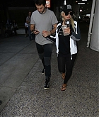Christina_Aguilera_-_At_LAX_Airport_in_Los_Angeles_on_September_3-28.jpg