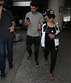 Christina_Aguilera_-_At_LAX_Airport_in_Los_Angeles_on_September_3-30.jpg
