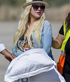 Christina_Aguilera_-_At_Paphos_Airport_in_Cyprus_on_September_7-18.jpg