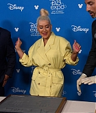 Christina_Aguilera_-_D23_Disney_2B_event_at_Anaheim_Convention_Center_on_August_232C_2019_in_Anaheim2C_CA-03.jpg