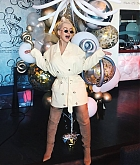 Christina_Aguilera_-_D23_Disney_2B_event_at_Anaheim_Convention_Center_on_August_232C_2019_in_Anaheim2C_CA-24.jpg