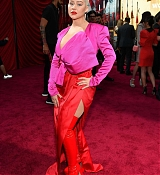 Christina_Aguilera_-_Disney_s_Mulan_Premiere_in_Hollywood2C_California__-_March_9-02.jpg