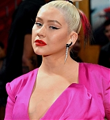 Christina_Aguilera_-_Disney_s_Mulan_Premiere_in_Hollywood2C_California__-_March_9-04.jpg