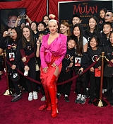 Christina_Aguilera_-_Disney_s_Mulan_Premiere_in_Hollywood2C_California__-_March_9-18.jpg