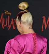 Christina_Aguilera_-_Disney_s_Mulan_Premiere_in_Hollywood2C_California__-_March_9-21.jpg