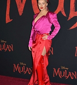 Christina_Aguilera_-_Disney_s_Mulan_Premiere_in_Hollywood2C_California__-_March_9-22.jpg