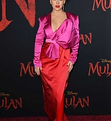 Christina_Aguilera_-_Disney_s_Mulan_Premiere_in_Hollywood2C_California__-_March_9-25.jpg