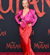 Christina_Aguilera_-_Disney_s_Mulan_Premiere_in_Hollywood2C_California__-_March_9-29.jpg