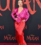 Christina_Aguilera_-_Disney_s_Mulan_Premiere_in_Hollywood2C_California__-_March_9-31.jpg