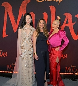 Christina_Aguilera_-_Disney_s_Mulan_Premiere_in_Hollywood2C_California__-_March_9-44.jpg
