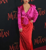 Christina_Aguilera_-_Disney_s_Mulan_Premiere_in_Hollywood2C_California__-_March_9-62.jpg