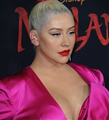 Christina_Aguilera_-_Disney_s_Mulan_Premiere_in_Hollywood2C_California__-_March_9-63.jpg