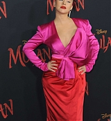 Christina_Aguilera_-_Disney_s_Mulan_Premiere_in_Hollywood2C_California__-_March_9-70.jpg