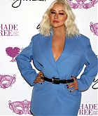 Christina_Aguilera_-_Honored_at__Mask_Off_Gala__in_Las_Vegas2C_03_October_2019-06.jpg