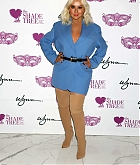 Christina_Aguilera_-_Honored_at__Mask_Off_Gala__in_Las_Vegas2C_03_October_2019-10.jpg