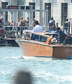 Christina_Aguilera_-_In_Venice_on_September_10-12.jpg