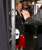 Christina_Aguilera_-_In_West_Hollywood_on_November_20-01.jpg
