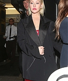 Christina_Aguilera_-_In_West_Hollywood_on_November_20-02.jpg