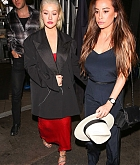 Christina_Aguilera_-_In_West_Hollywood_on_November_20-04.jpg