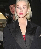 Christina_Aguilera_-_In_West_Hollywood_on_November_20-07.jpg