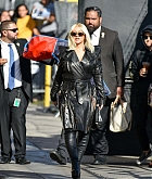 Christina_Aguilera_-_Outside__Jimmy_Kimmel_Live__in_LA_September_122C_2018-04.jpg