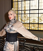 Christina_Aguilera_-_PFW_Jean_Paul_Gaultier_Haute_Couture_FallWinter_2019_2020_on_July_03-13.jpg
