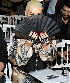 Christina_Aguilera_-_PFW_Jean_Paul_Gaultier_Haute_Couture_FallWinter_2019_2020_on_July_03-27.jpg
