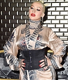 Christina_Aguilera_-_PFW_Jean_Paul_Gaultier_Haute_Couture_FallWinter_2019_2020_on_July_03-28.jpg