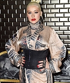 Christina_Aguilera_-_PFW_Jean_Paul_Gaultier_Haute_Couture_FallWinter_2019_2020_on_July_03-29.jpg