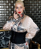 Christina_Aguilera_-_PFW_Jean_Paul_Gaultier_Haute_Couture_FallWinter_2019_2020_on_July_03-48.jpg