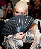 Christina_Aguilera_-_PFW_Jean_Paul_Gaultier_Haute_Couture_FallWinter_2019_2020_on_July_03-52.jpg